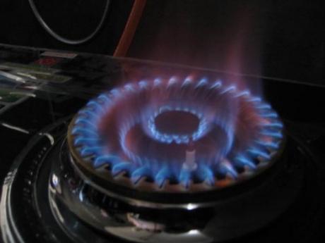 燃气灶为什么会出现红火?有红火到底是好还是坏?