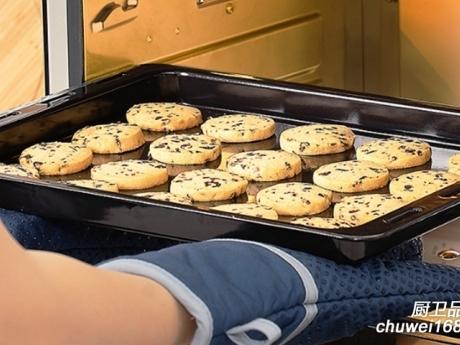 用厨电品牌蒸烤箱,小白秒变大厨